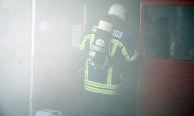 Feuerwehr Atemschutz Brandrauch