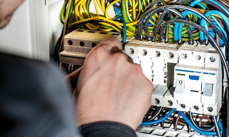 Elektriker Sicherungskasten